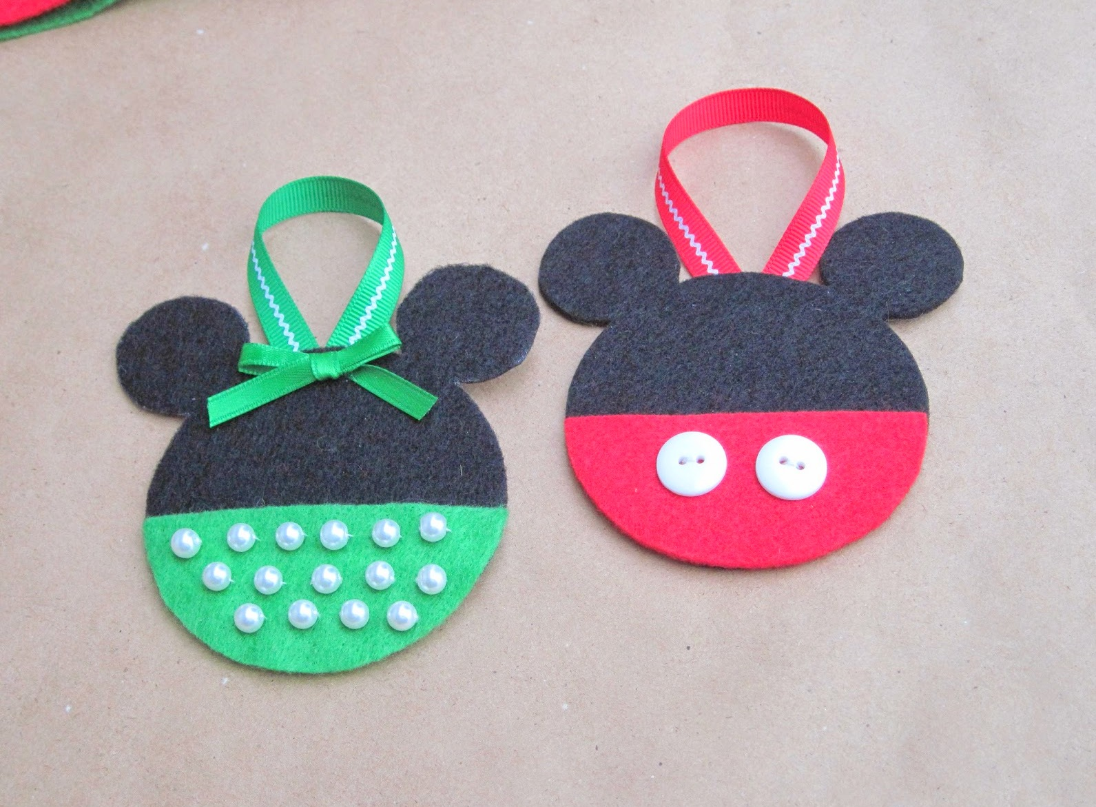 Free Minnie Mouse Shoes Image