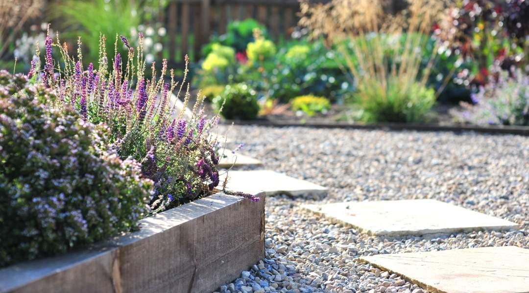 Latest Garden Landscaping Image