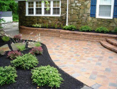 Modern Garden Landscaping Idea