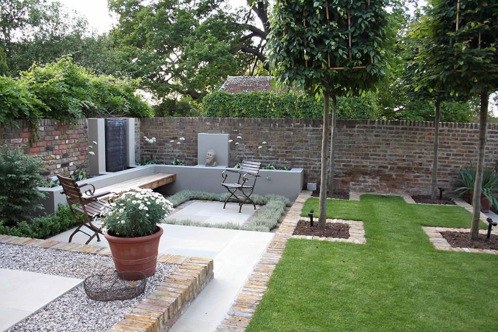 Online Landscape Gardener Image