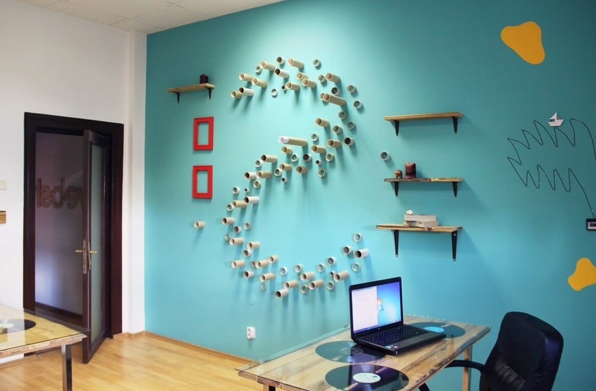 Free Office Wall Decor Image