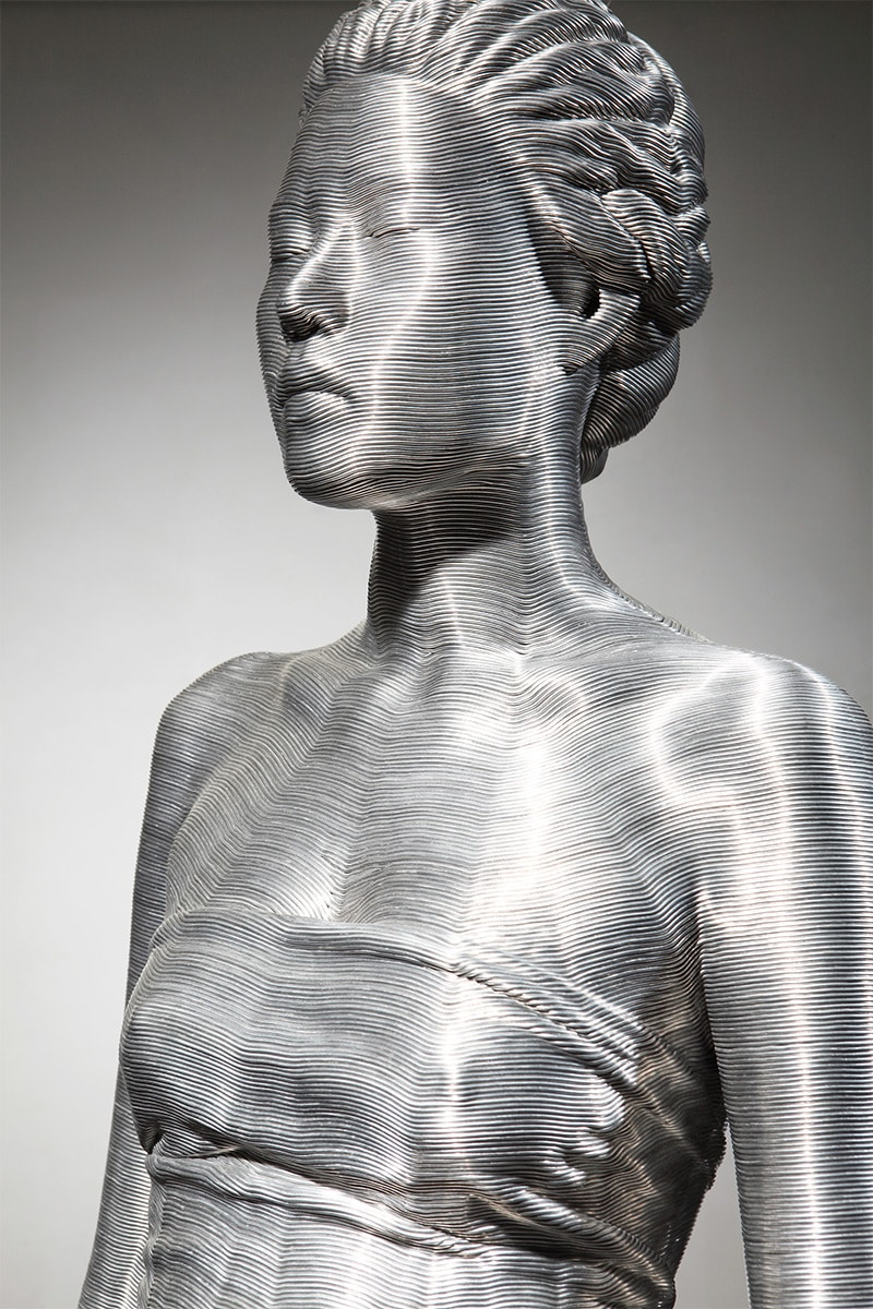 Free Silver wall Art Design