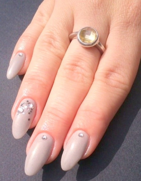 simple and easy nail design layout