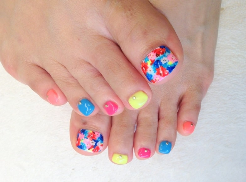 Toe Nail Design layout