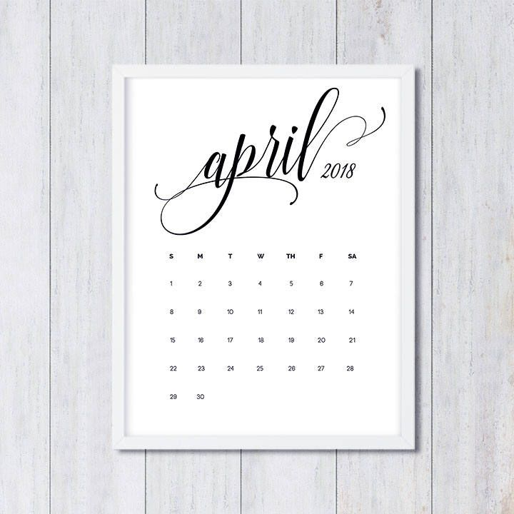April 2018Calendar With Holidays